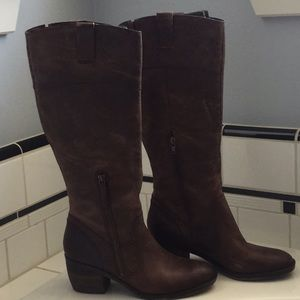 Naturalizer Boots Size 7